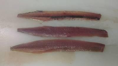秋刀魚三枚おろし