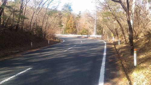 小玉ダム 道路