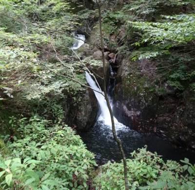与四郎の滝