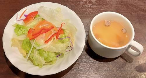 いきなりステーキ サラダ&スープ.jpg