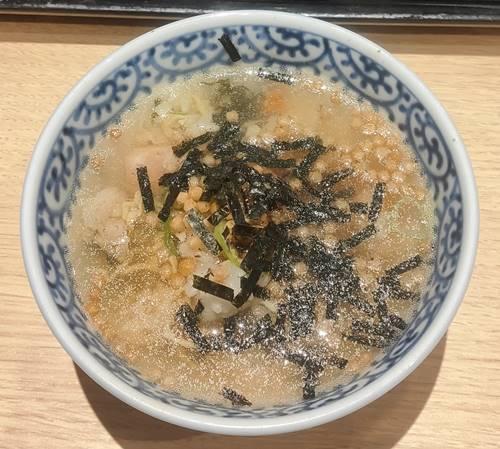 おひつごはん四六時中 サーモン炙り飯ランチ お茶漬け.jpg