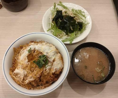 かつや カツ丼(梅)セット.jpg