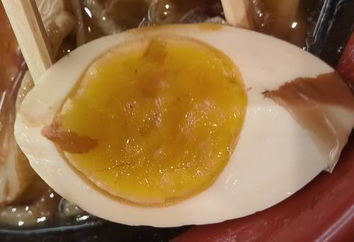 くら寿司 海鮮丼ランチ(麺セット)卵.jpg
