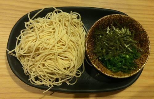 しゃぶしゃぶ温野菜 一風堂監修の特製麺1 (2).JPG
