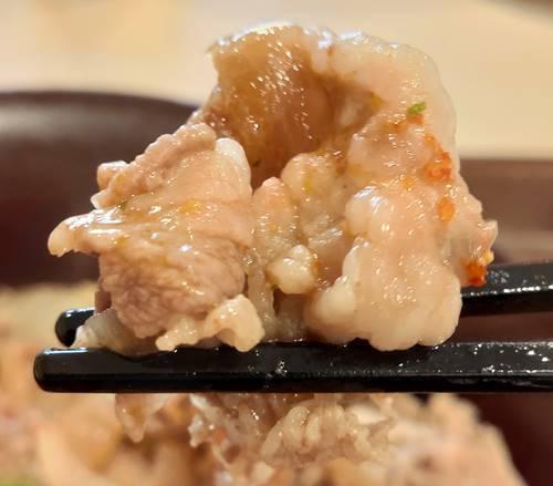 すき家 牛丼 牛肉.jpg