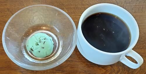 すたみな太郎 コーヒー&チョコミント.jpg