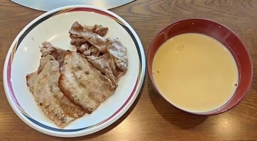 すたみな太郎 焼肉&コーンスープ.jpg