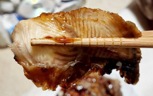 はま寿司 うなカルビ丼 鰻.jpg