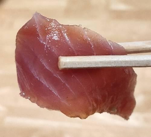 はま寿司 寿司屋のまぐろサーモン丼ぶり まぐろ.jpg