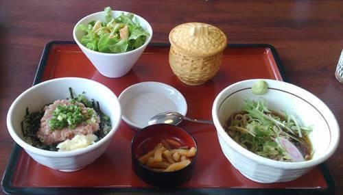 まるまつ ミニネギトロ丼ランチ.JPG