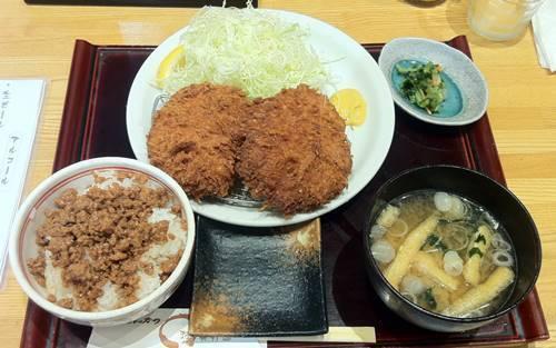 まる兵衛 メンチカツ定食.JPG