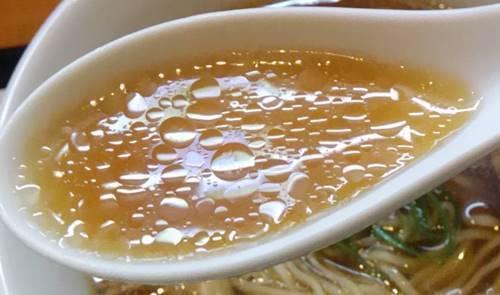 らあめん花月嵐xJapanese Soba Noodles 蔦 醤油Soba スープ.JPG