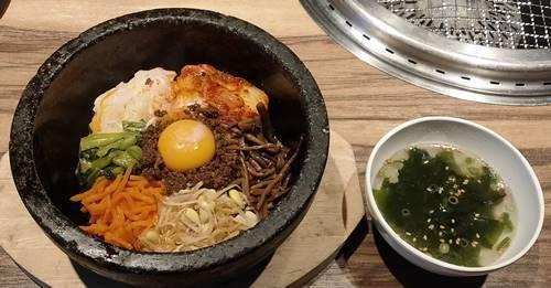 カルビ大将 石焼ビビンバ&焼肉ランチ 石焼ビビンバ&スープ.jpg