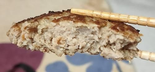 ガスト ハンバーグロコモコ丼 ハンバーグ.jpg