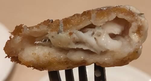 ガスト ハンバーグ&白身魚フライランチ 白身魚フライ.jpg