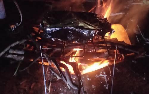 キャンプ 焚き火.jpg