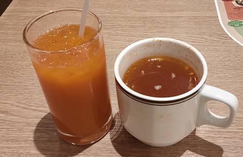ココス ベーコントマトスープ、フルーツ&キャロット.jpg