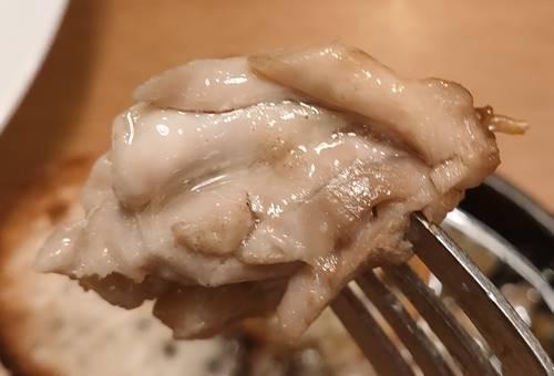 ココス 若鶏のアヒージョ 若鶏.jpg