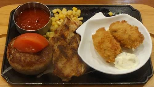 ビッグボーイ チーズinハンバーグ&チキンステーキ&カキフライ.JPG