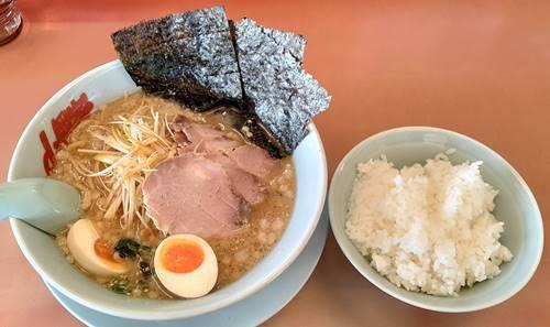 ラーメン山岡家 味噌ネギチャーシュー麺&ライス.jpg