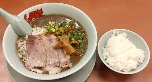 ラーメン山岡家 鬼煮干しラーメン ライスセット.jpg