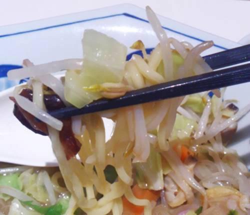 リンガーハット あさりたっぷりちゃんぽん 野菜.JPG