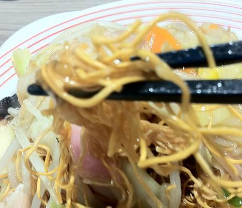 リンガーハット 皿うどん 麺.JPG