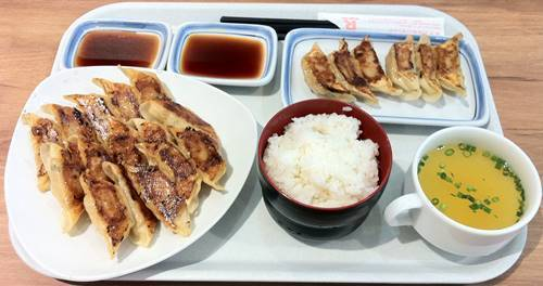 リンガーハット 餃子定食.JPG