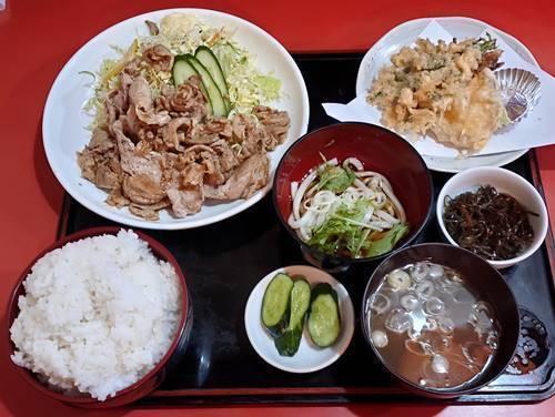 中華のんき バラ肉のにんにく焼肉定食.jpg