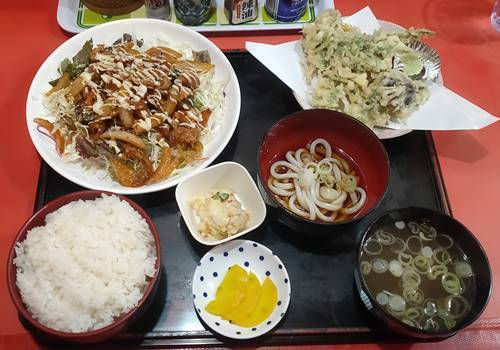 中華のんき 味噌バラ焼肉定食.jpg
