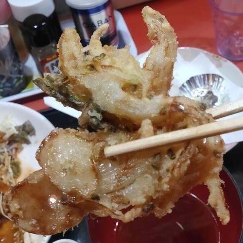 中華のんき 味噌バラ焼肉定食 かき揚げ.jpg