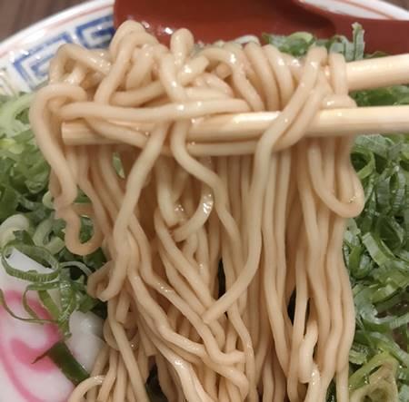 京屋台 中華そば 古都ら ばかねぎラーメン 麺.jpg