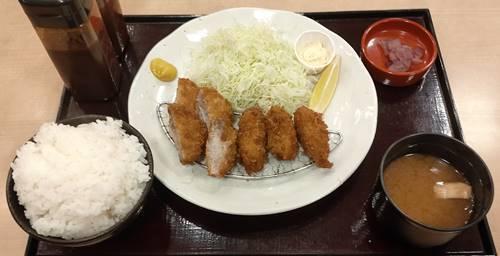 和ぐるめ 牡蠣ひれかつ定食.jpg