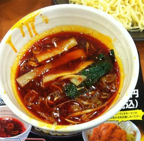 幸楽苑 激辛つけめん スープ1.JPG