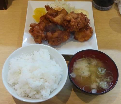 情熱食堂 伝説の唐揚げ定食.JPG