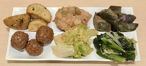本場帯広 十勝豚丼専門店 㐂久好 惣菜バイキング.jpg