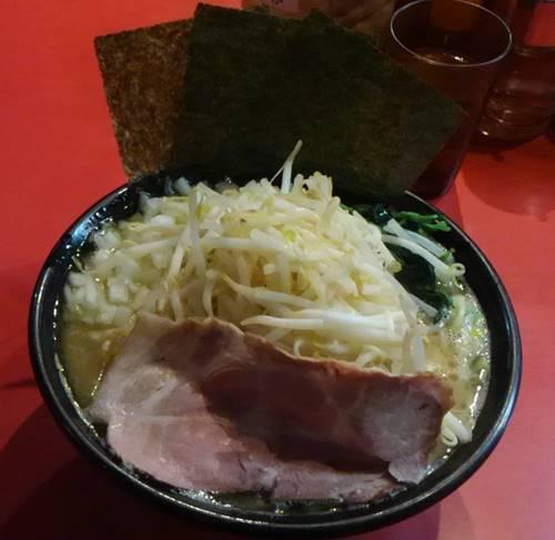横浜ラーメン とんこつ家 もやし玉ねぎ塩ラーメン.JPG