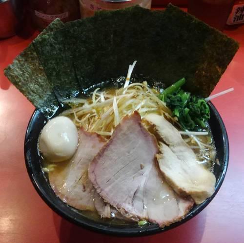 横浜ラーメン とんこつ家 特製ラーメン(醤油).JPG